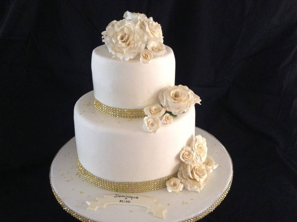 Gateau Mariage 2 Etages Le Specialiste Des Desserts De Mariage