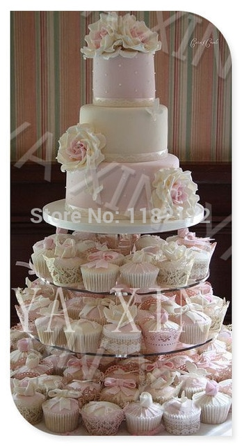 Gateau Mariage 4 Etages Le Specialiste Des Desserts De Mariage