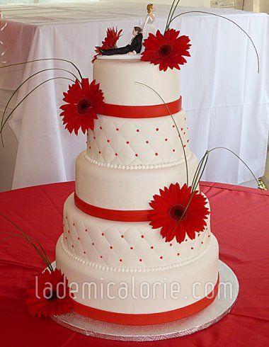 Gateau Mariage Blanc Et Rouge Le Specialiste Des Desserts