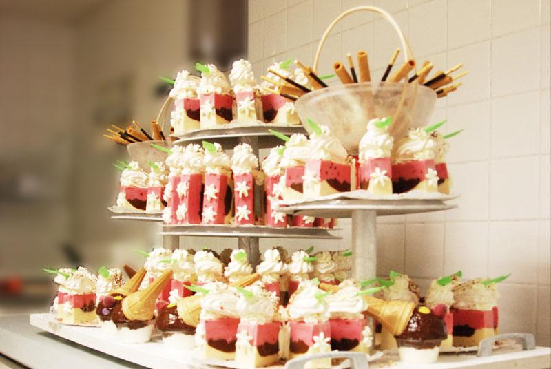 Gateau Mariage Glace Le Specialiste Des Desserts De Mariage