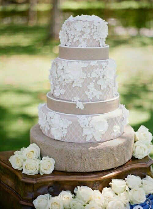 gateau mariage jute