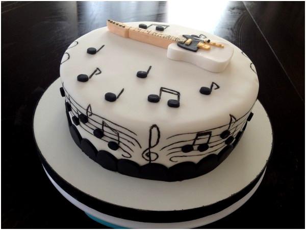 gateau mariage musique