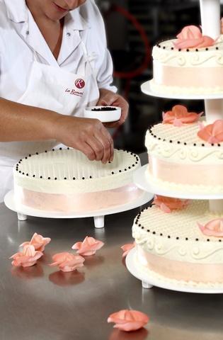 Gateau Mariage Republique Le Specialiste Des Desserts De