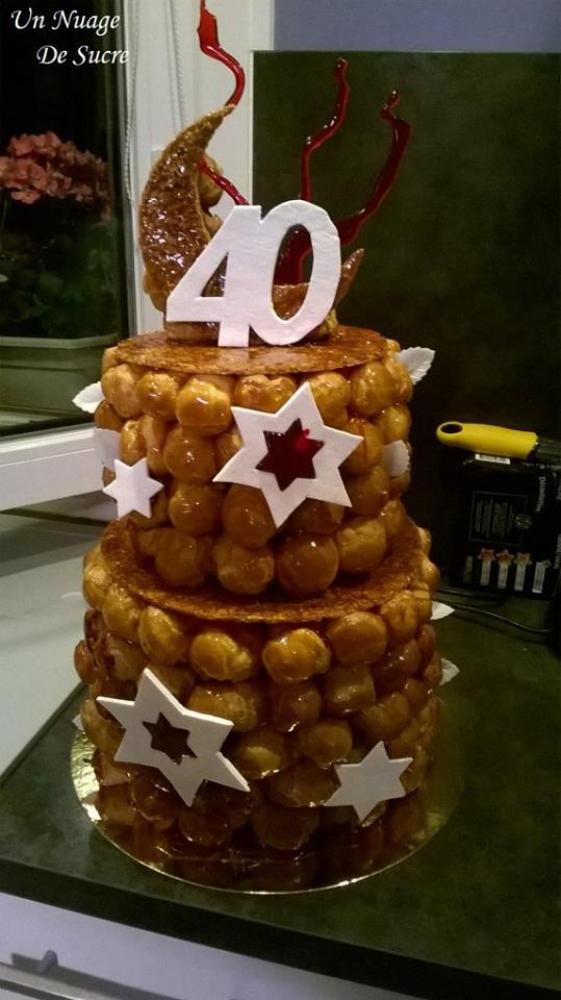 Piece Montee Pour 40 Ans Le Specialiste Des Desserts De
